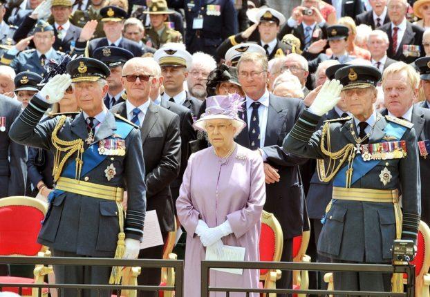 Queen+Elizabeth-wsj