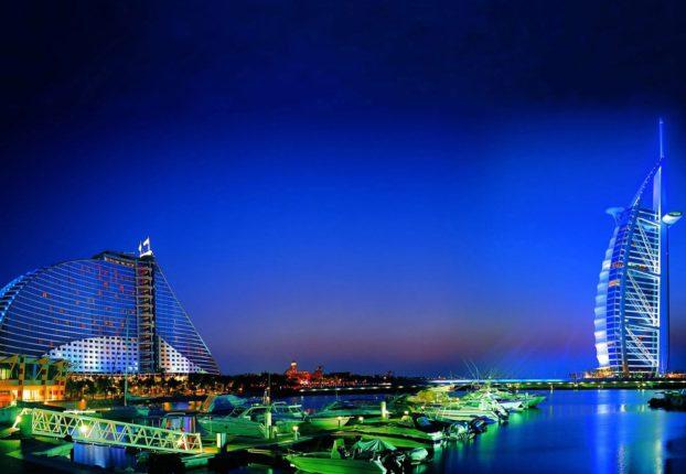 Dubai-predstavlyayet-samyy-bolshoy-v-mire-naduvnoy-akvapark-wsj