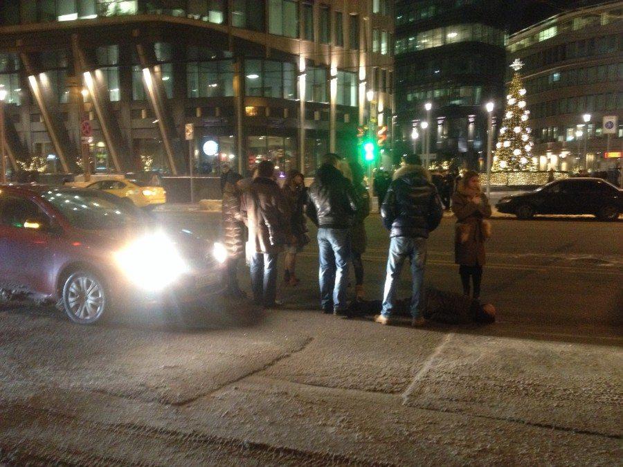 В столице России иностранная машина сбила человека около станции «Белорусская»