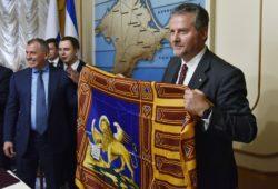 Европейские политики приехали в Крым посмотреть на жизнь полуострова после воссоединения с Россией