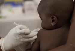 Ротавирусная вакцина может спасти жизни почти 500 000 детей в год