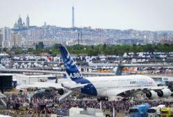 Airbus представила новую версию крупнейшего пассажирского самолета A380