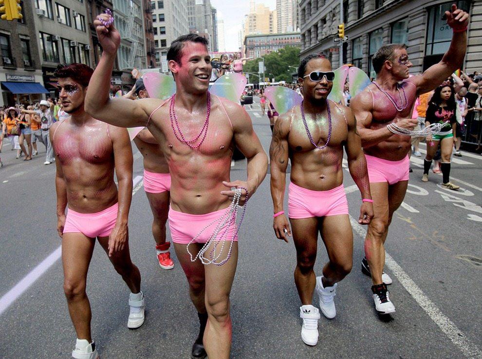 гей мужики в москве