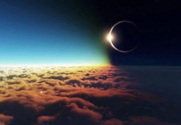 Солнечное затмение вызвало столпотворение на Белой Площади