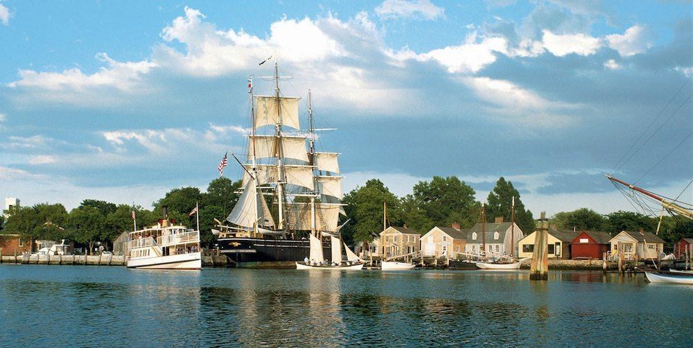 Мистический морской порт