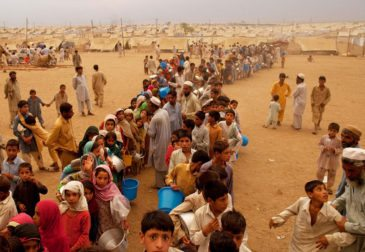 Небывалый кризис беженцев охватывает ЕС