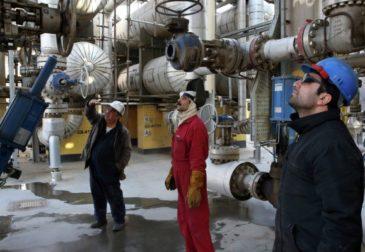 Оставьте нас в покое: Иран отверг предложение России о заморозке добычи нефти
