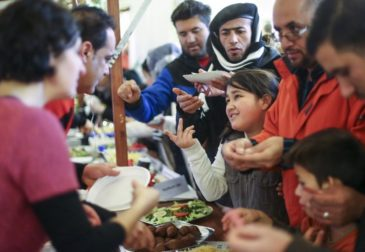 Германия выделит на поддержку беженцев 106 млрд долларов