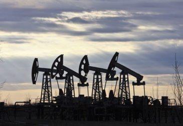 Объем добычи нефти в США превзошел показатели России и Саудовской Аравии