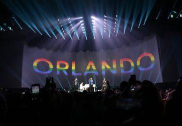 Мировые звезды поют для Орландо
