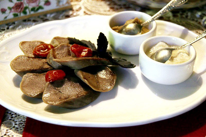 Chemodan-siberian-restaurant-moscow-wsjournal-cuisine-siberia