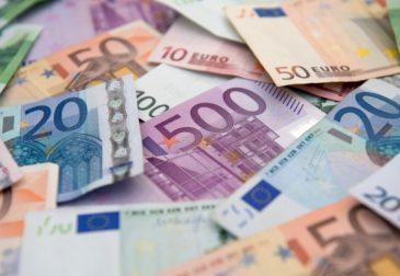 Credit Suisse: европейский банковский кризис не повлияет на евро