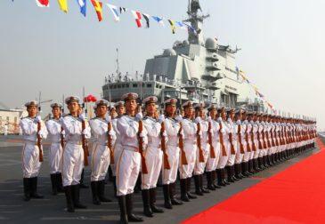 Китай завершил сборку первого авианосца собственной разработки