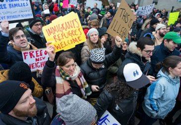 Канада предоставит мигрантам временное убежище в связи с указом Трампа