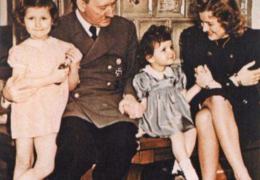 Гитлер жил, Гитлер жив, Гитлер будет жить: переиздание Mein Kampf стало бестселлером в Германии