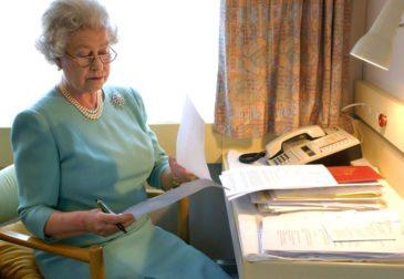 Елизавета II одобрила — закон о запуске Brexit вступил в силу