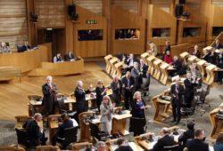 Шотландия проведет новый референдум о независимости от Великобритании