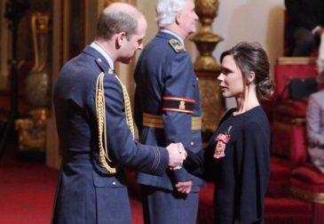 Виктория Бекхэм получила Орден Британской империи за вклад в индустрию моды
