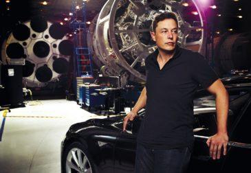 Илон Маск презентовал подземный электрический микроавтобус
