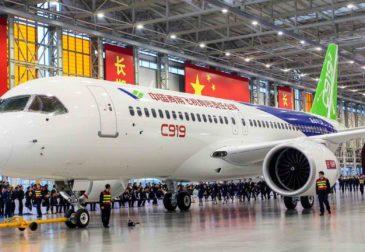 Время Первых: китайский пассажирский лайнер C919 опередил российский МС-21