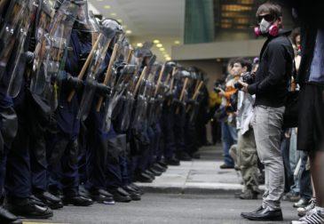 Самая крупная Гамбургская демонстрация против грядущего саммита G20