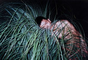 Первая посмертная выставка Рена Ханга