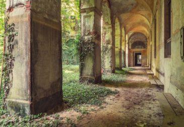 Джина Соден и ее заброшенные здания Европы