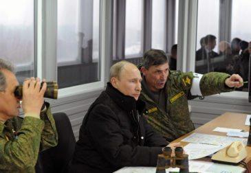 Путин запустил четыре баллистические ракеты