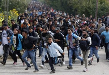 Собянин ограничит поток мигрантов в Москву