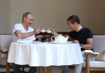Путин уволит Медведева до  начала 2020 года