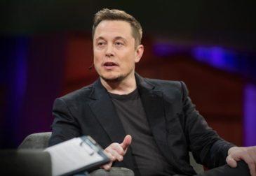 Илон Маск удалил аккаунты для Tesla и SpaceX на Facebook