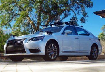 Toyota прекращает испытания беспилотных автомобилей