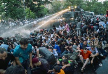 Армянский бунт ведет к тяжелым последствиям