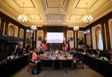 Главы МИД G7 встретились из-за России
