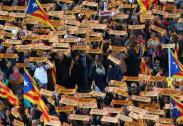 Массовый митинг в Барселоне в поддержку заключенных политиков