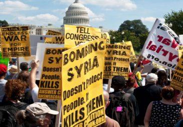 «Руки прочь от Сирии»: протесты против Белого дома и его союзников