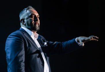 Спикер Synergy Insight Forum Андрей Парабеллум довел 1000 человек до миллиона
