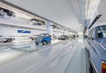 Невесомый музей BMW в Пекине