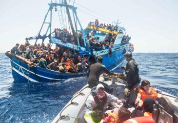 Безопасные центры для мигрантов спасут от гуманитарной катастрофы