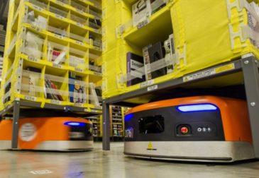 Со склада в головной офис: роботы захватили Amazon