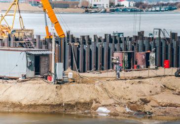 Мост между Россией и Китаем частично завершен