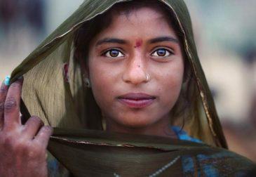 Искренние и очаровательные лица Индии