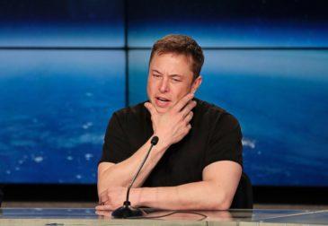 Несмотря на космические технологии,  Tesla отчиталась об убытках в $703 млн