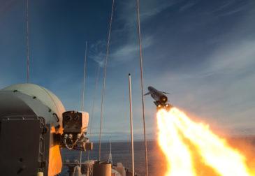 Путин: России необходима защита от гиперзвукового оружия