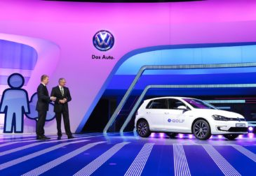 Volkswagen планирует обойти Tesla