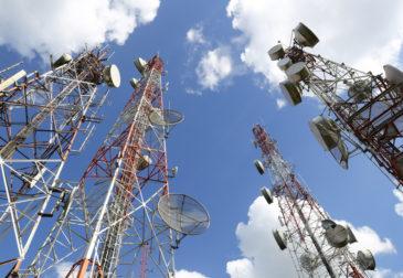 Путин отказался передать операторам частоты для 5G