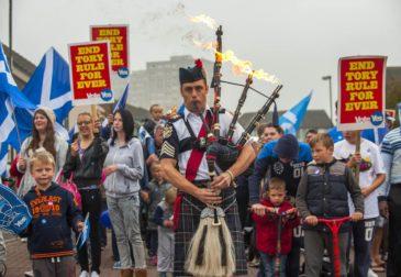 Быть независимыми и остаться в ЕС: за что выступает Шотландия?