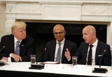 Борьба за военный контракт на $10 млрд: провал Amazon и победа Microsoft