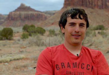 Всемирно известный Американский свободный альпинист-одиночка погиб, пытаясь спуститься по склону скалы