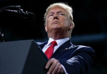 Палата представителей США проголосовала за импичмент президенту Дональду Трампу
